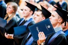 高考失利,精莺教育助你在留学路上乘风